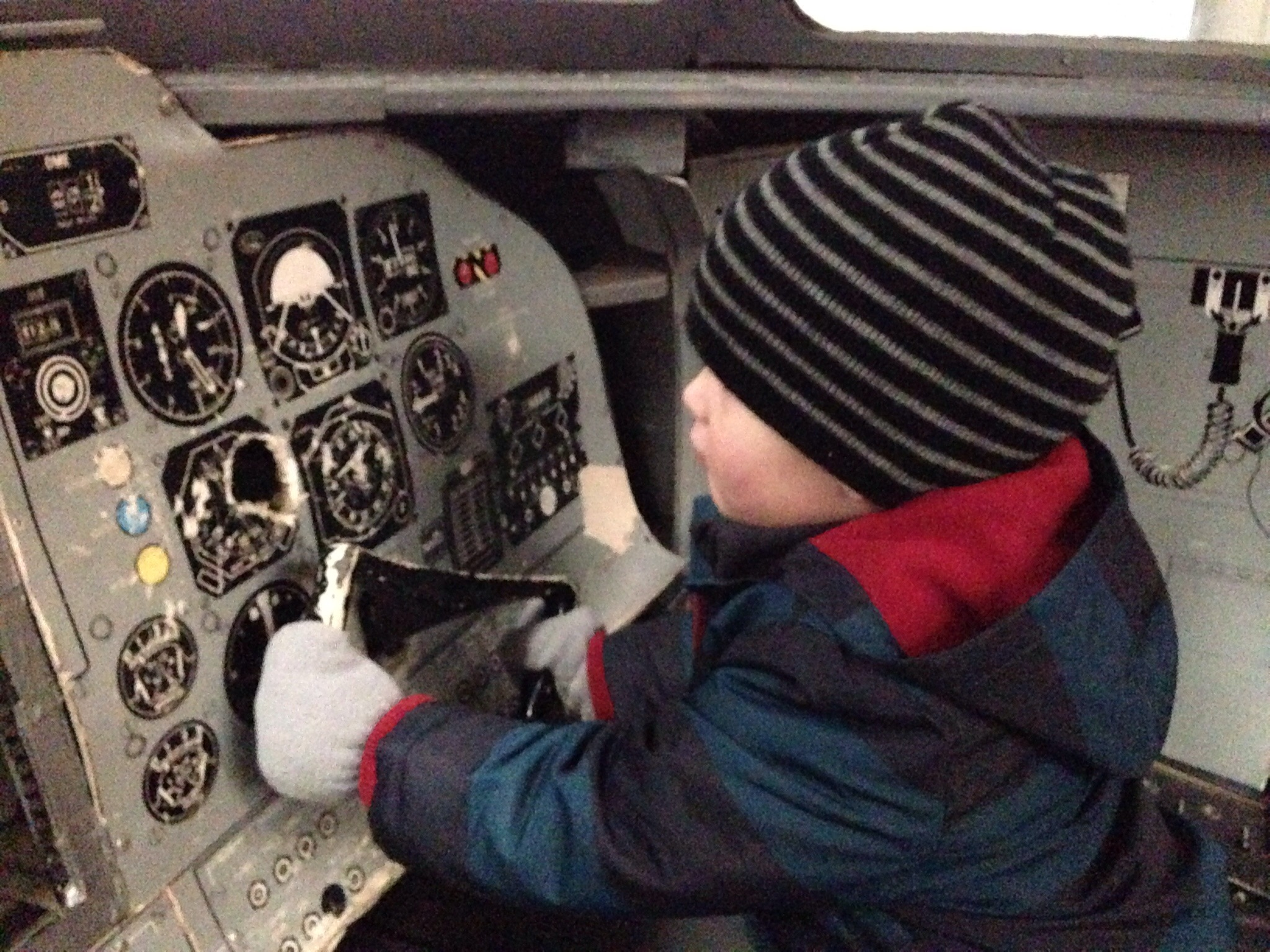 cockpit play in plane nose at sunderland air museum