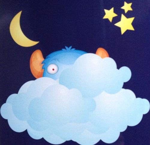 Shnugglefluffle moon cloud