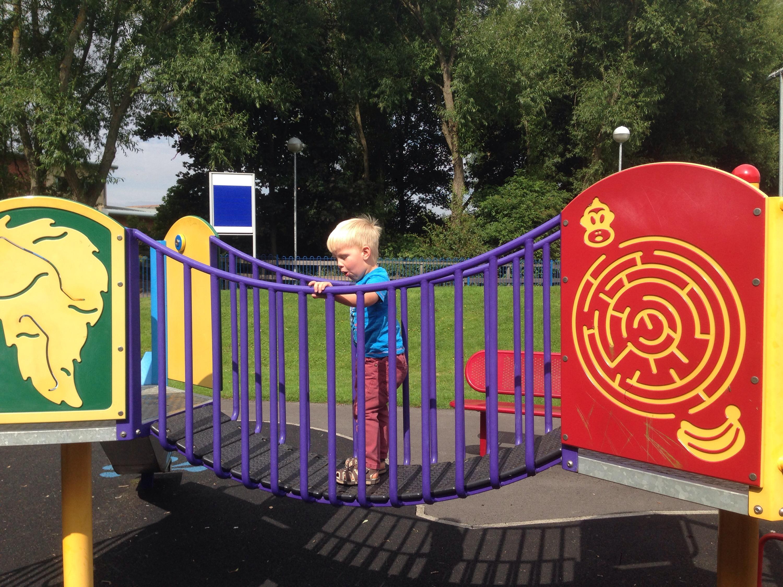 bridge dudley park north tyneside playground