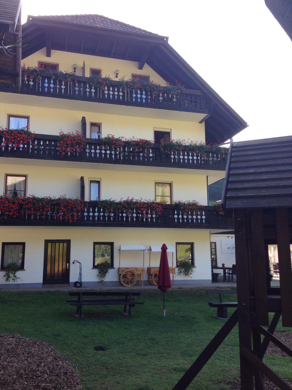 hotel zum fröhliche landmann