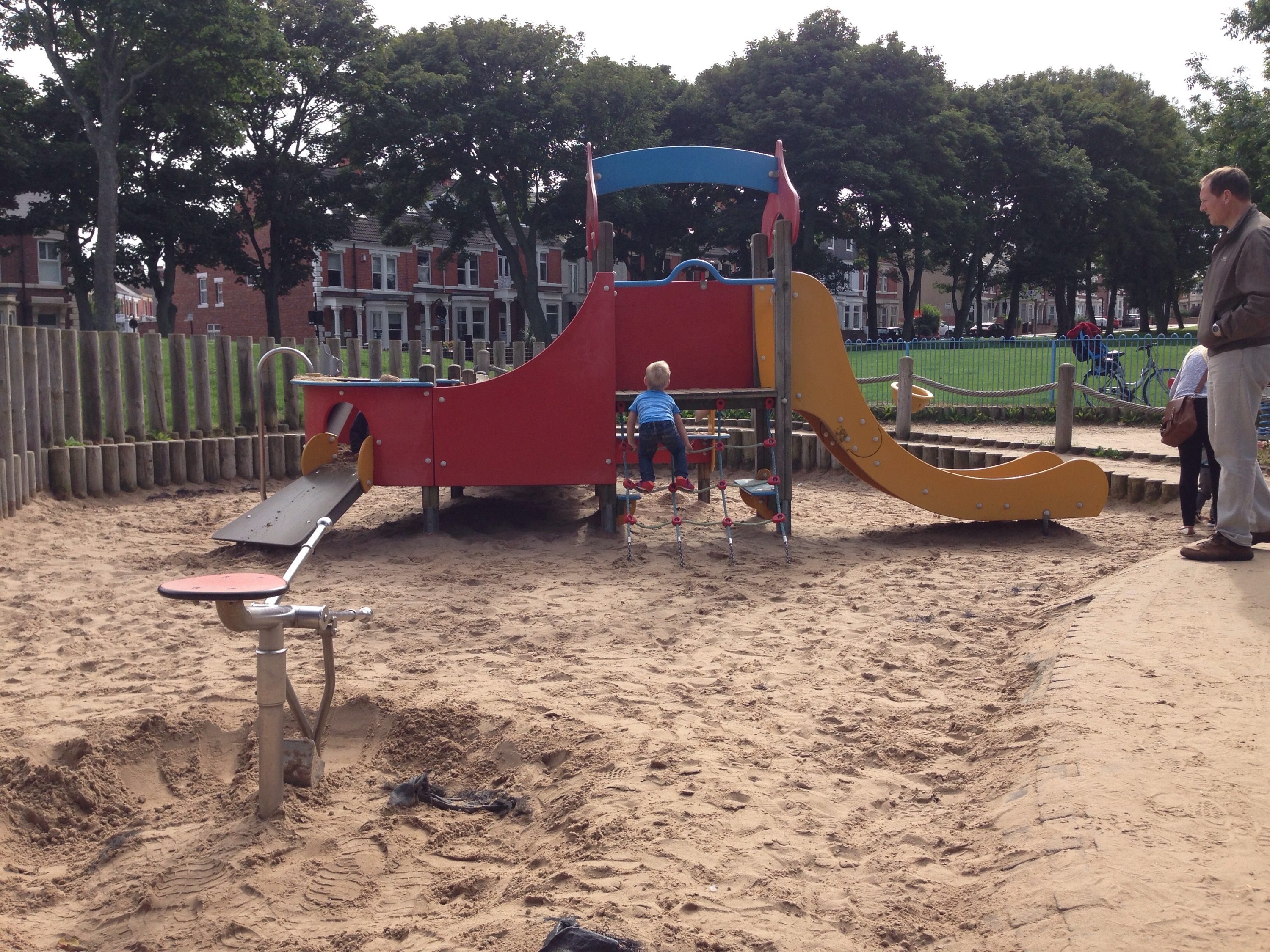 whitely bay climbing frame playground